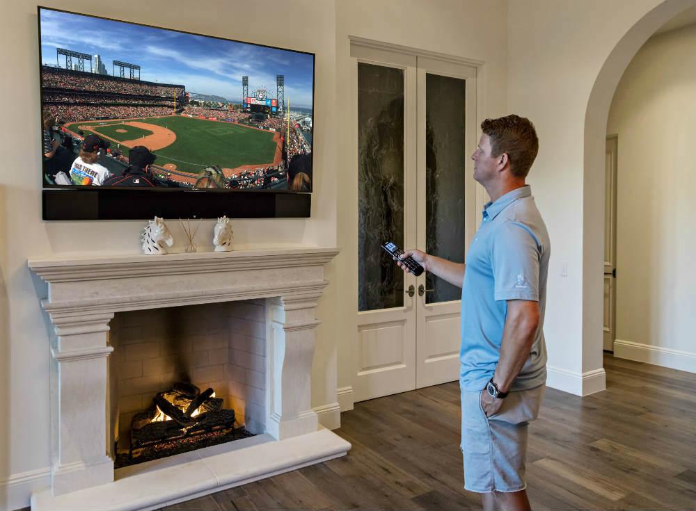 San Francisco Giants Pitcher Matt Cain Keeps Safe, Has a Blast with Elan Home Automation