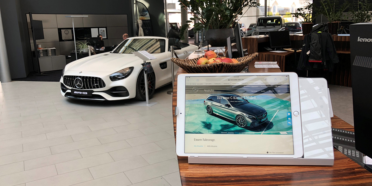 iRoom's Smart Battery Management Extends iPad's Battery Life