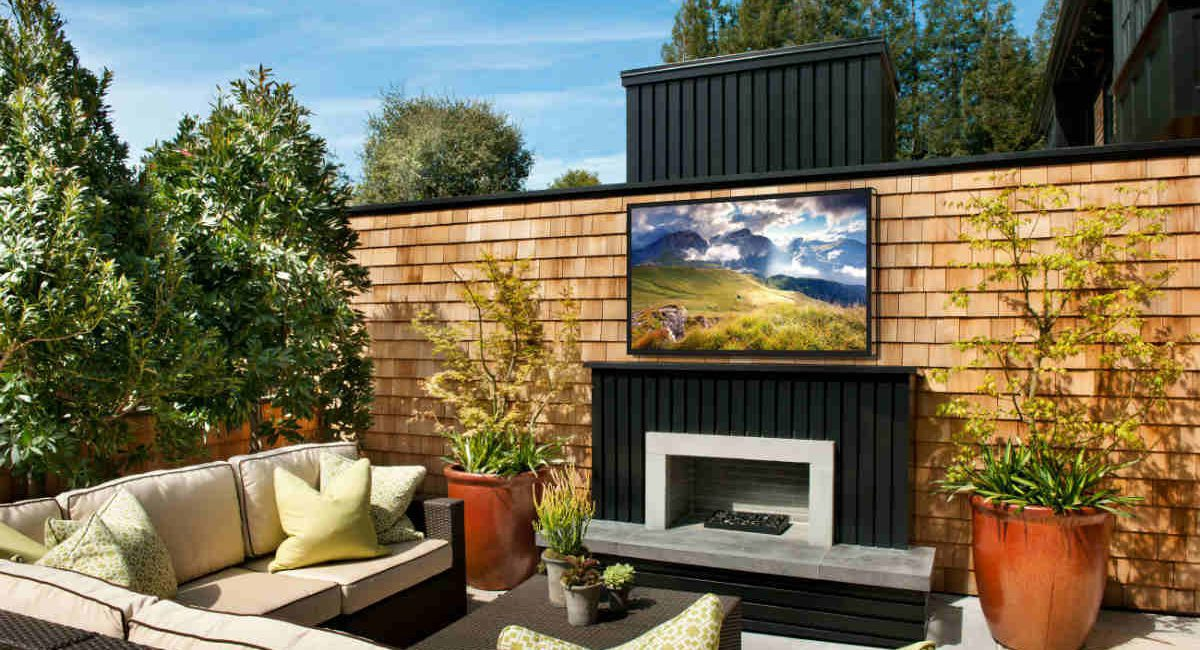 Séura Delivers the Ultimate Outdoor Entertainment Experience