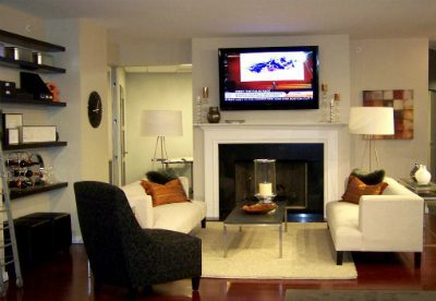 3 Myths About Mounting TVs Over Fireplaces