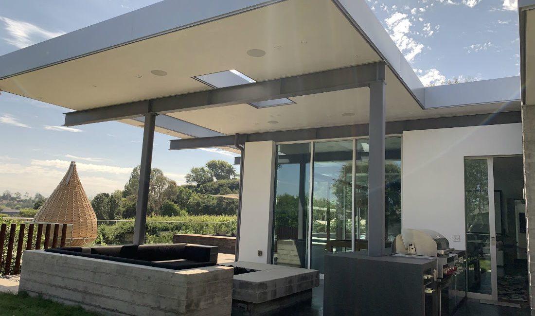 Smashbox Founder's Home Gets Much-Needed Tech Makeover, slide 0