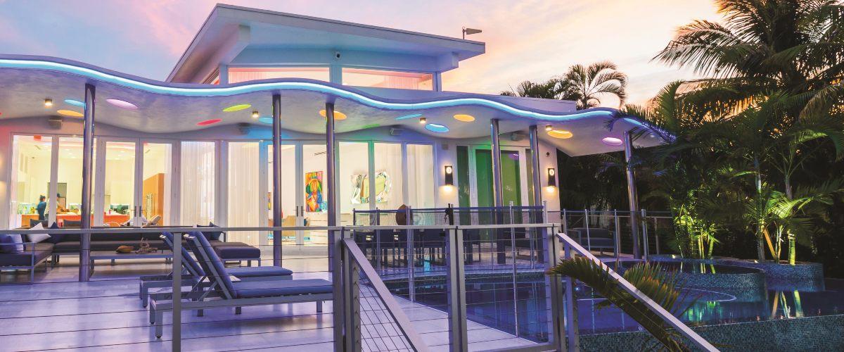 Minimalist Miami Mansion Transforms Into LED-Lit Wellness Paradise