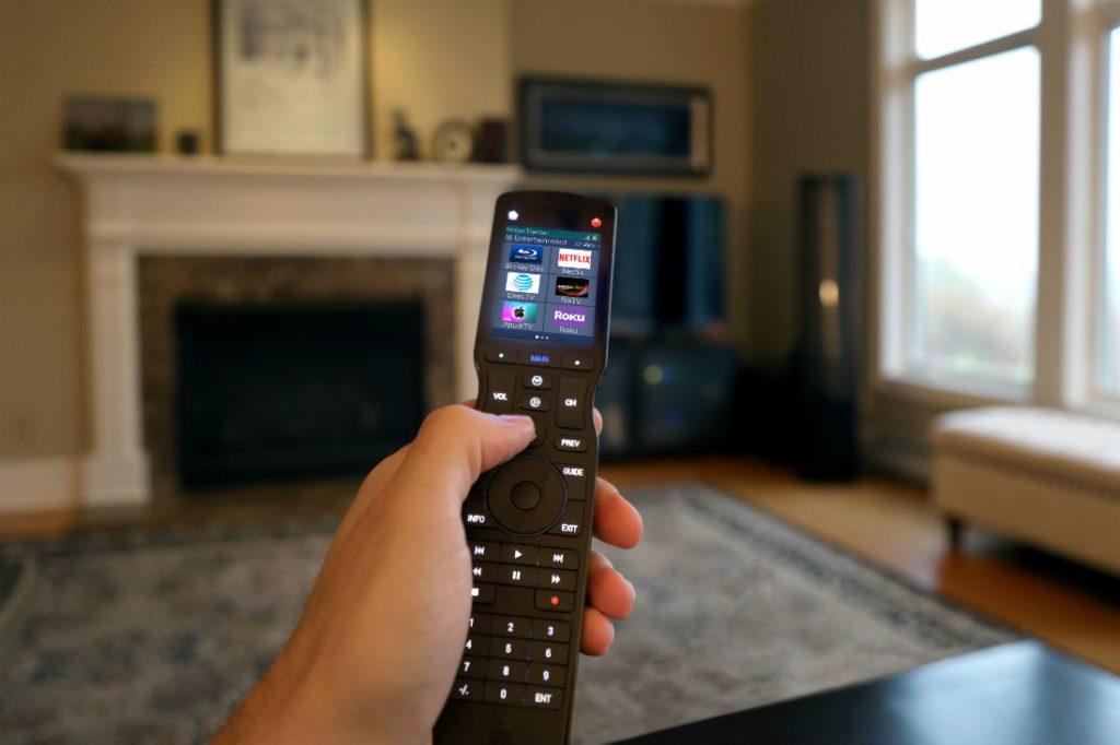 URC TRC-1480 remote control voice control