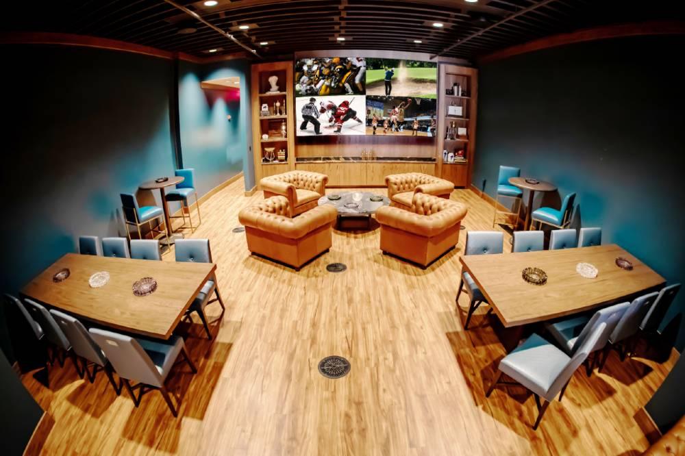 906 Lounge resimercial LED wall DES