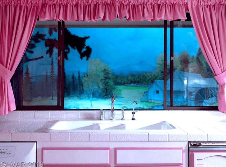 $18M Las Vegas Doomsday Wellness Bunker Is Mind-Blowing, slide 7