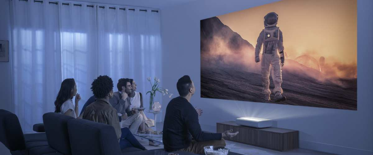Samsung Debuts Its First UST Projector Dubbed 'The Premiere'