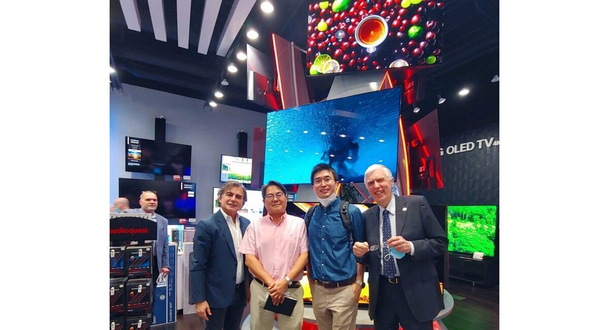 L.A. Integrator Builds LG OLED Tower of Power Display