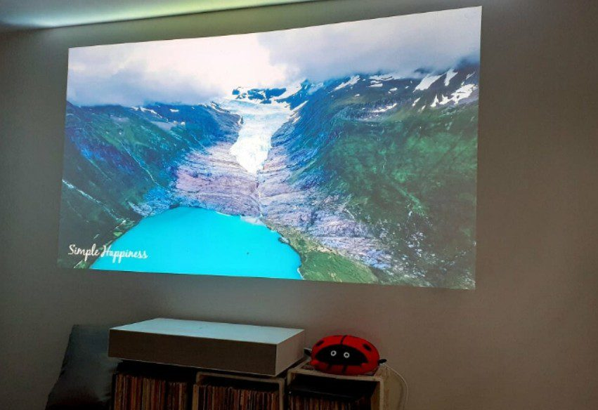 LG HU85LA projector ultra short throw YouTube 4K
