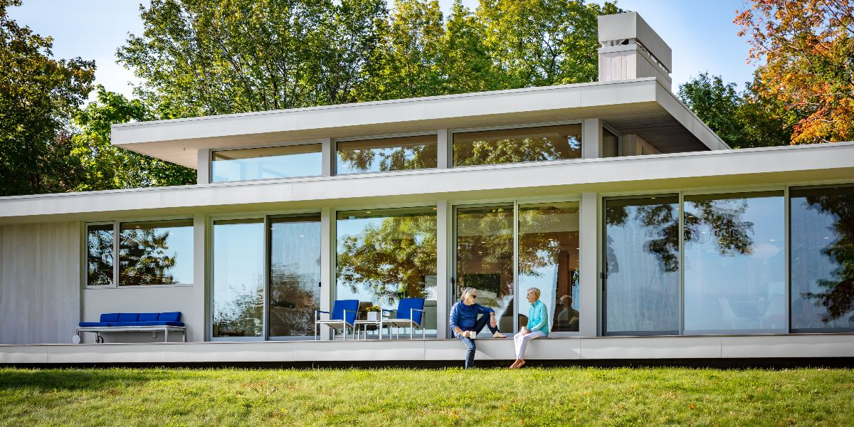 Integrator Uses Crafty Design to Camouflage Tech in Architect's Lakefront Smart Home, slide 0