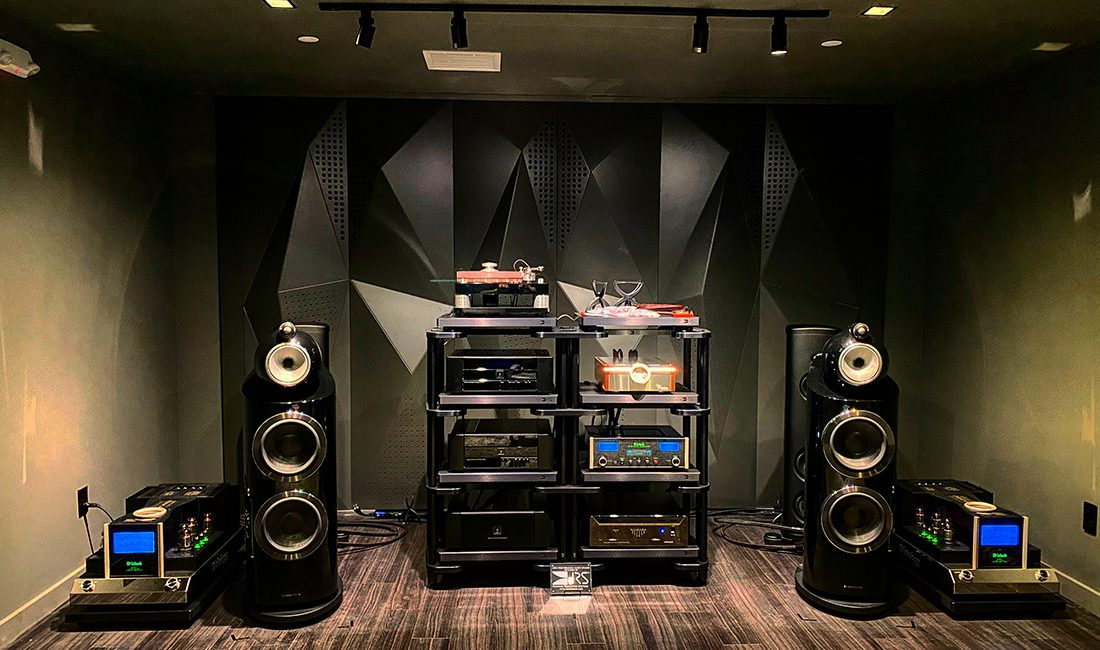 Electronic Concepts Showroom Blends Old-School Audio with Today's Smart Technologies