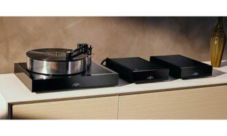 Naim Audio Solstice turntable package