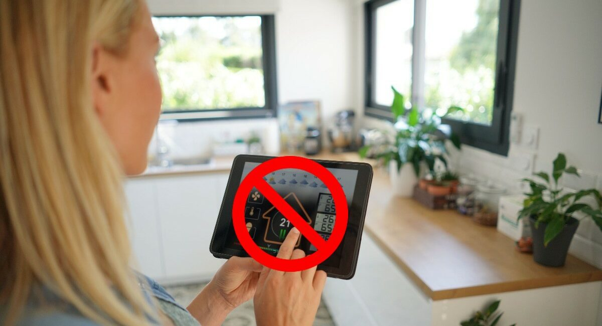 Misguided Gizmodo Says 'Smart Home Isn't Worth It'