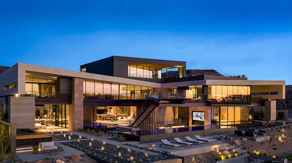 Savant West Coast Experience Center
