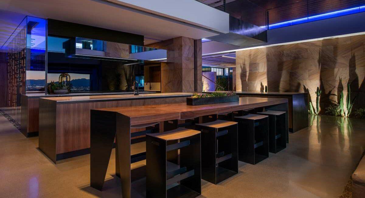 Inside Savant's Vegas Modern Design-Centric Showroom, slide 4