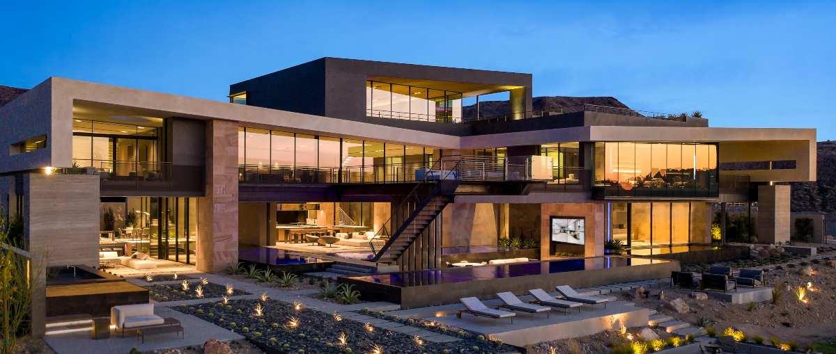 Inside Savant's Vegas Modern Design-Centric Showroom